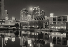 12 Melbourne Mono