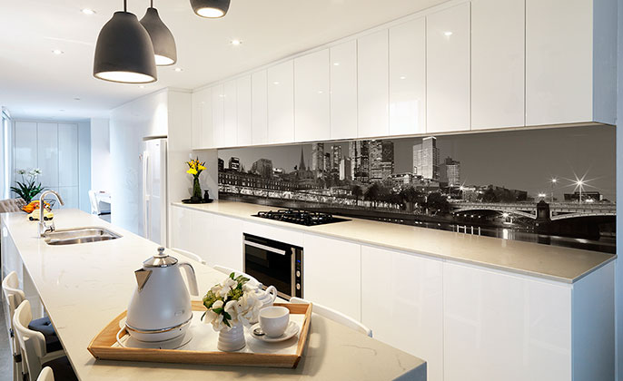 vr-art-glass-printed-glass-kitchen-splashback-melbourne-skyline-photographic-art-by-visual-resource